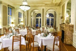 Gestaltung des Restaurants im Schlosshotel