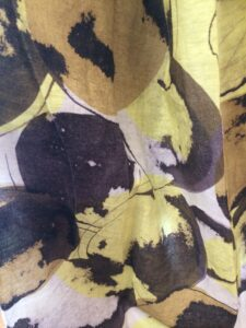 Stoffmuster: Chivasso (Stoff, gelb, blumig)
